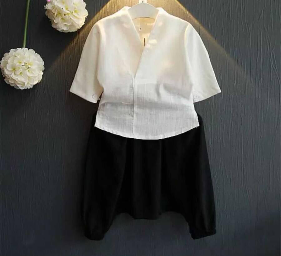 SUM211 - Beyaz Gömlek ve Siyah Pantolon