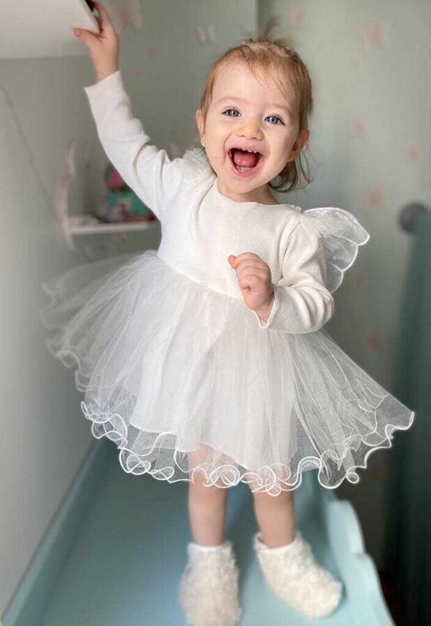 ZR20 - Beyaz Kanatlı Elbise