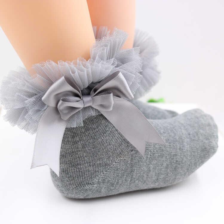 AW21 - Fiyonklu Gri Patik Çorap