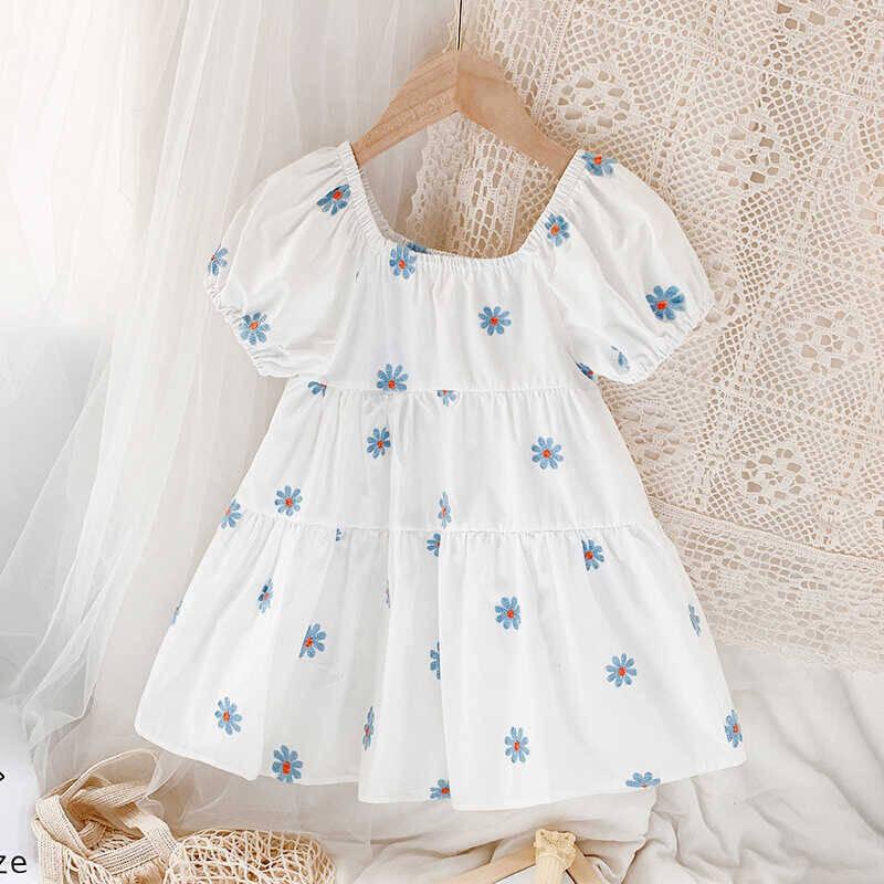 SUM211 - Mavi Çiçekli Beyaz Elbise