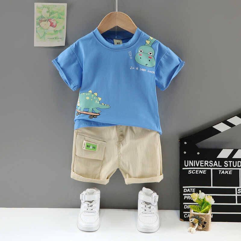 SUM211 - Mavi Dinazor Desenli Tshirt ve Krem Şort